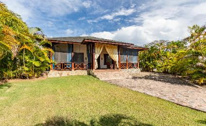 Vacation House rentals Sosua only 80 meters away from Playa Laguna Beach